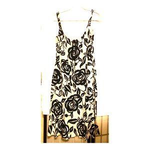 ⬇️🌺Laundry Silk Dress floral Shelli Segal 10 New
